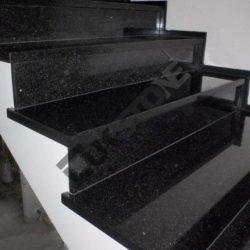Schody granitowe czarne