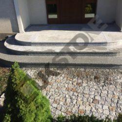 Schody wejściowe z granitu (1)