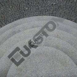 Schody łukowe granitowe